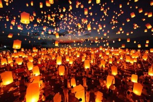 yee-peng-festival-chiang-mai-thailand